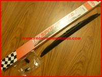 BALAI ESSUI GLACE A SPOILER 18 POUCES TS450